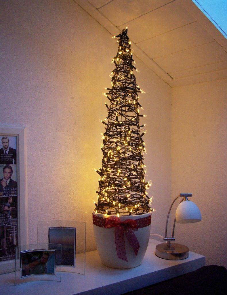 weihnachtsbaum christbaum tannenbaum alternative anleitung kostenlos diy weihnachtsdeko. Black Bedroom Furniture Sets. Home Design Ideas