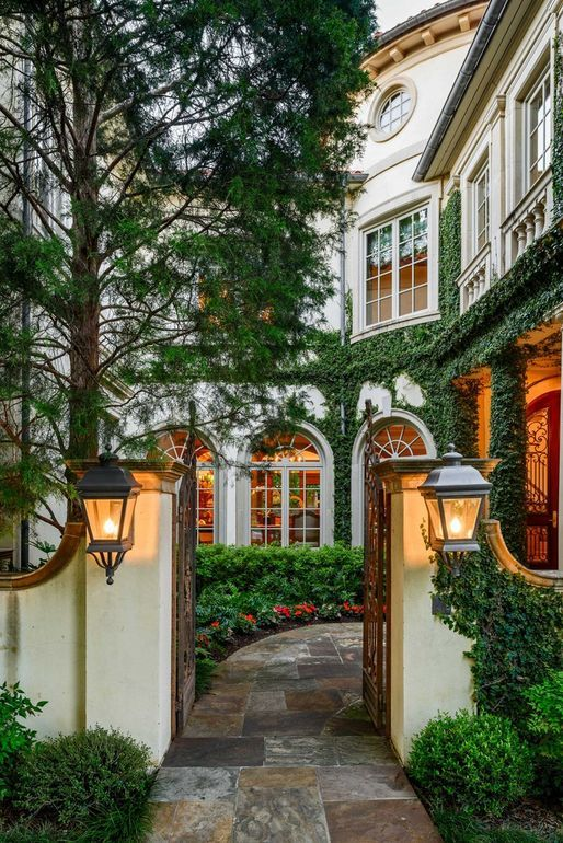 Richard Drummond Davis Designed Home Reduced to $17 5M in Highland Park TX PHOTOS Pricey Pads