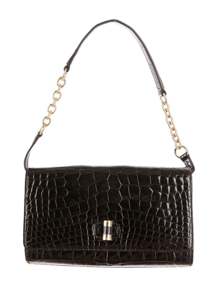 70dd17f90638 Pin by Sonja Fung on Shoes and handbags I want
