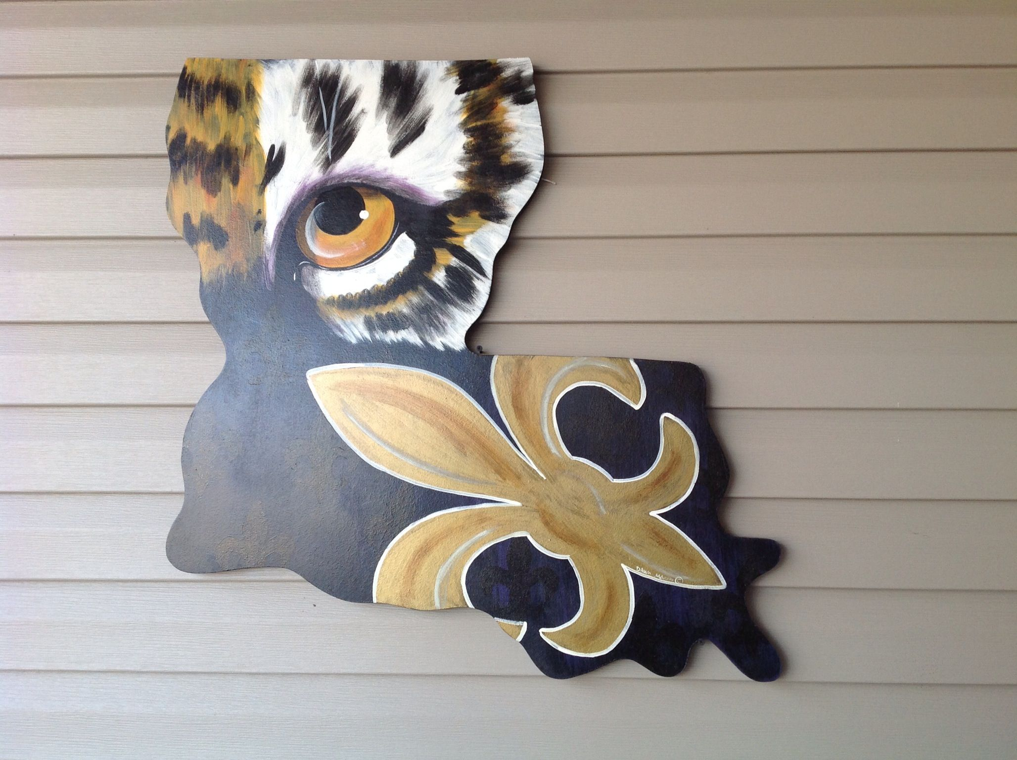 Louisiana Saints And Lsu Painted Wall Hanging Sprayed With Polyurethane To Protect Geaux Saints Tigers Football Canvas Louisiana Art Painting Art Projects