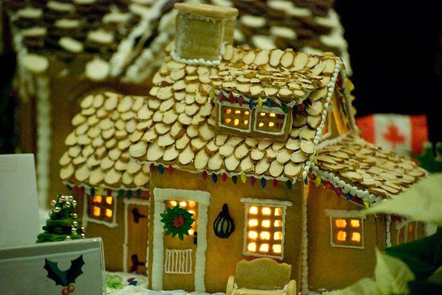 Gingerbread Houses At The Hyatt Christmas Gingerbread House Gingerbread Christmas Gingerbread