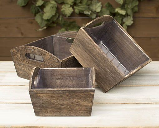 Our set of 3 wood planter boxes easily add rustic and vintage accents to any setting.