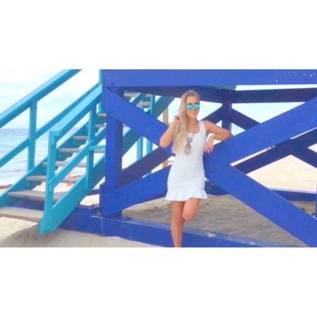 Videozinho dos bastidores do ensaio pra @dontquest em Miami! Ansiosa pra ver esse trabalho finalizado!   Style- Taylor Swift  #évideo #viagemdontquest #ManzonemMia #Miami