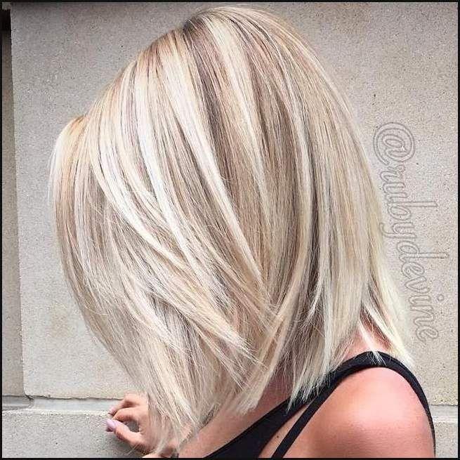 Die Besten 25 Kinnlange Haarschnitte Ideen Auf Pinterest ... | Einfache  Frisuren