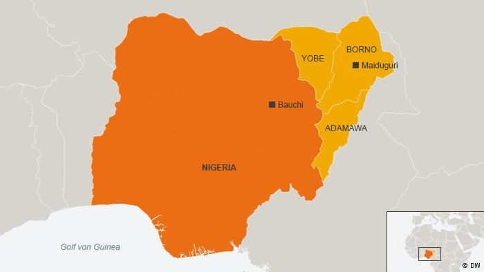 Bomb blast hits military checkpoint in Nigeria http://www.dw.com/en/bomb-blast-hits-military-checkpoint-in-nigeria/a-18581675