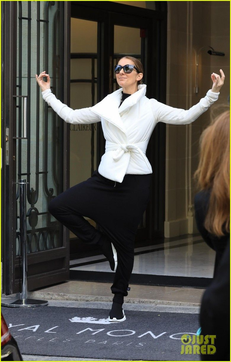 Celine Dion Does Yoga Poses While Exiting Her Paris Hotel Celine Dion Does Yoga Poses Outside Her Paris Hotel 03 Photo Celine Dion Celine Fashion