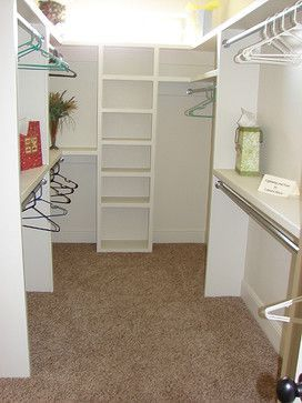 12 small walk in closet ideas and organizer designs - Walk in closet designs for a master bedroom ...
