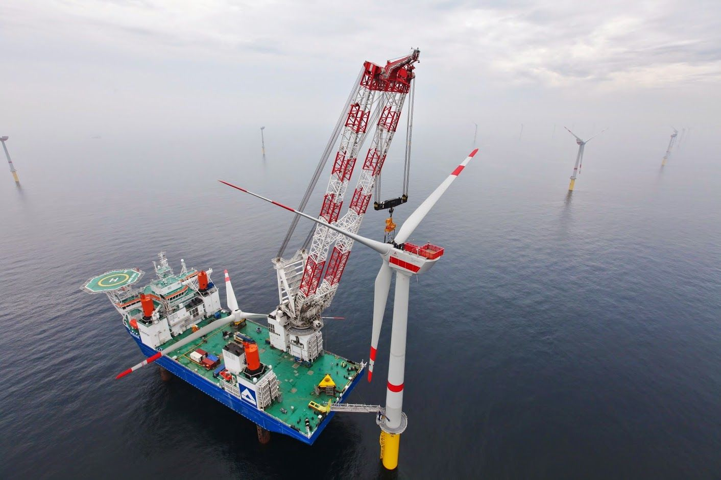 Liebherr - A Heavy lift Offshore Crane, type CAL 45000-1200 Litronic, installing a offshore windpark in the North Sea