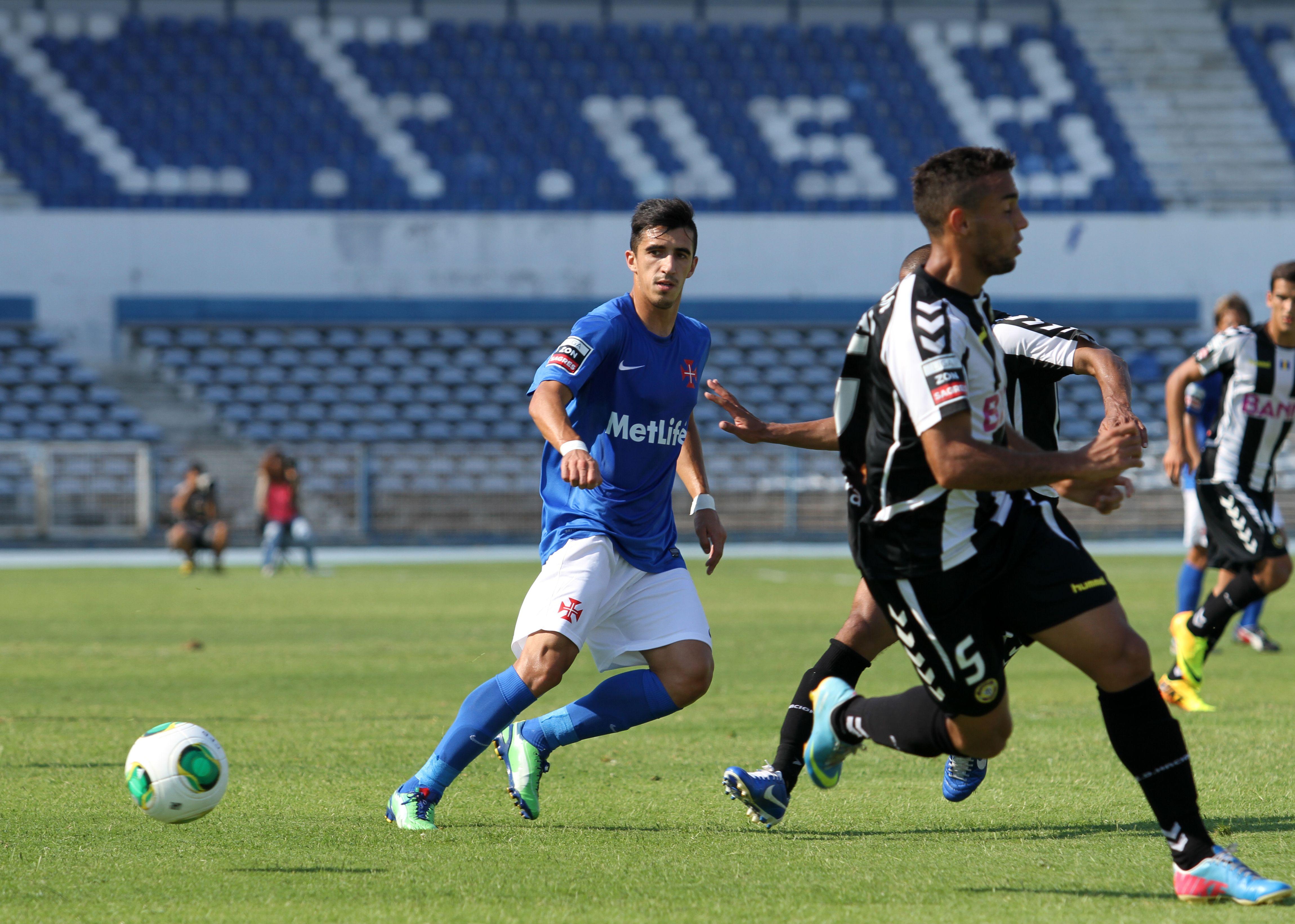 Liga Zon Sagres 2013/14, 3ª Jornada, Estádio do Restelo | Os Belenenses - Nacional da Madeira *** João Pedro