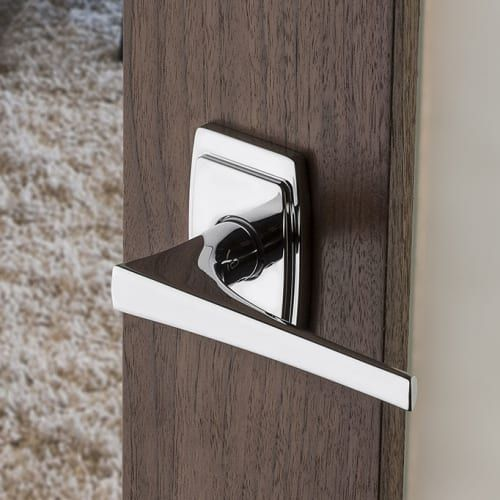 Baldwin L025031spriv Non Lacquered Brass L025 Style Privacy Door Lever Set With Choice Of Small Rosette From The Estate Collection Door Levers Baldwin Hardware Door Handles