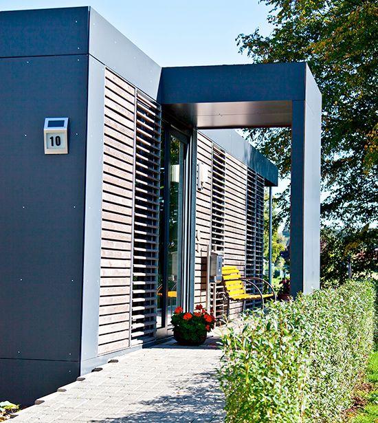 neues wohnen im cubig designhaus minihaus h user minihaus haus und container h user. Black Bedroom Furniture Sets. Home Design Ideas