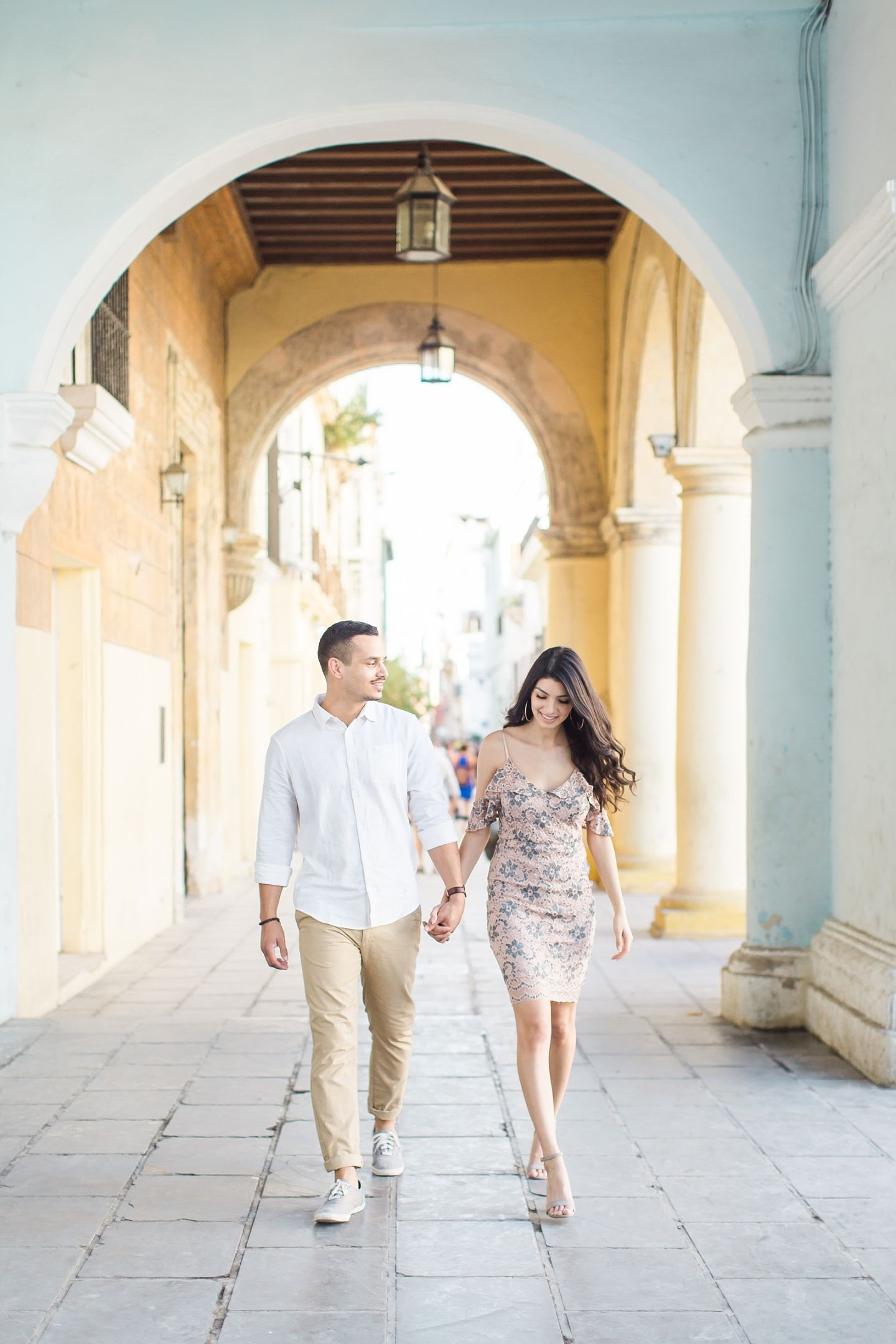 Engagement Session in Old Havana by Cuba Wedding Photographer Ayenia ...