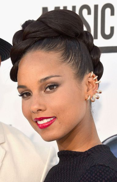 More Pics Of Alicia Keys Braided Updo Natural Hair Styles Hair Styles Hair Beauty