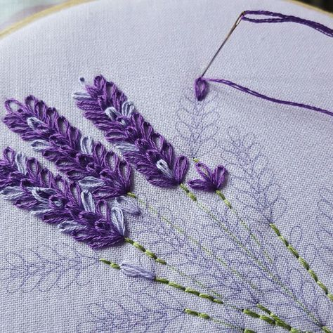 The Lavender Embroidery Kit is a great way to practice your lazy #flowerfabric