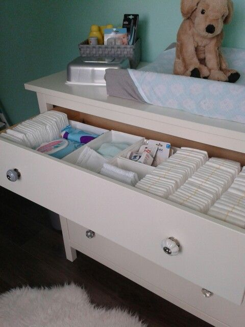 handige indeling commode met opberg bakjes van ikea - babykamer, Deco ideeën