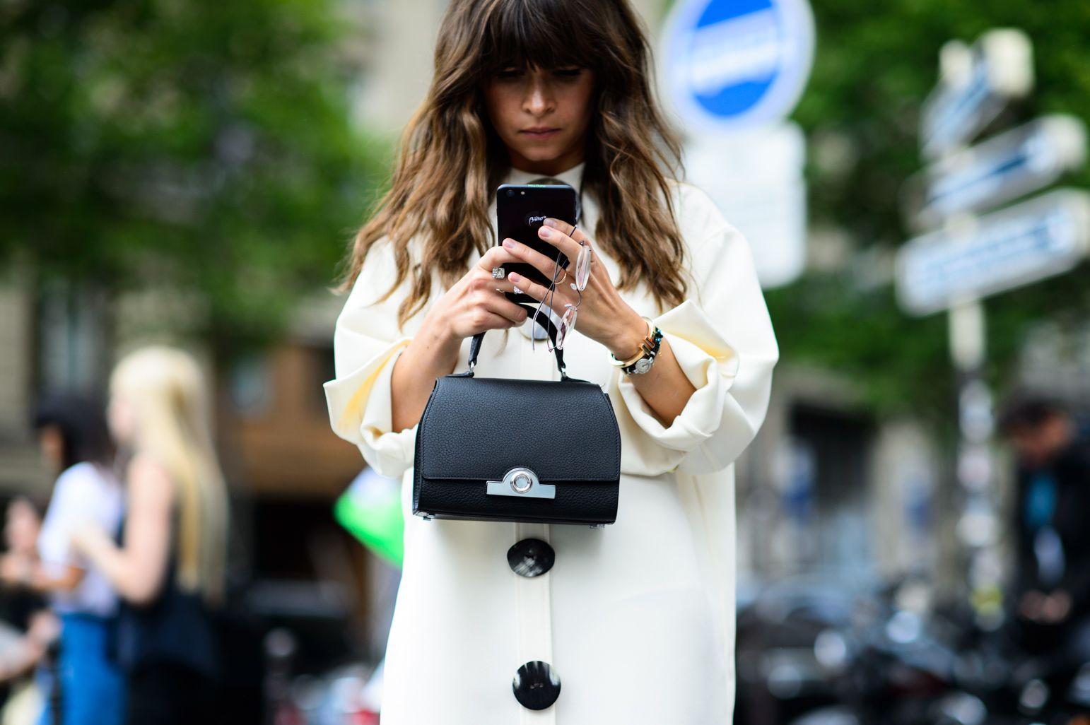 Petit Mains - Paris Fall 2015 Couture-Wmag