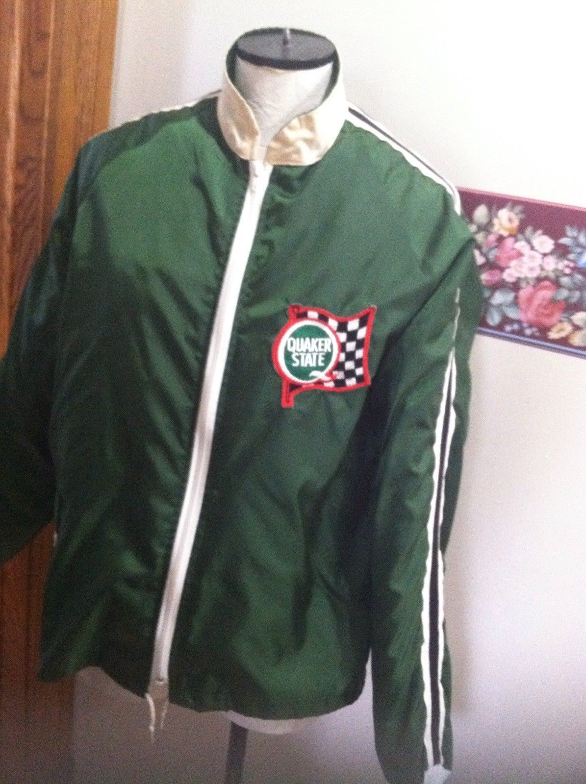 Vintage Satin Jacket Crown California Quacker Stateusa Size Large W Liner Green Ebay Satin Jackets Jackets Varsity Jacket [ 1600 x 1195 Pixel ]