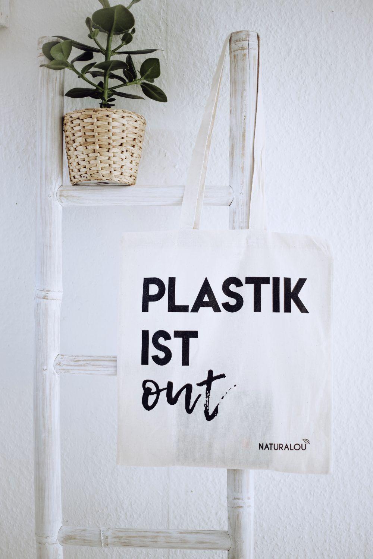 """Jutebeutel """"Plastik ist out"""""""