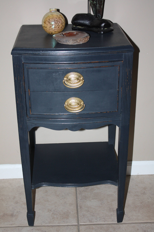 Best Vintage Thomasville Black Painted Nightstand 2 Drawer 400 x 300