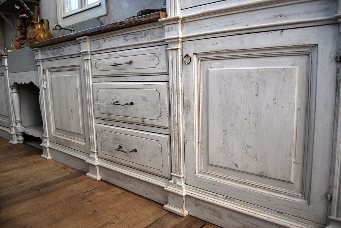 Il legno antico della cucina magia utilizzato decapato a - Cucina legno bianco ...