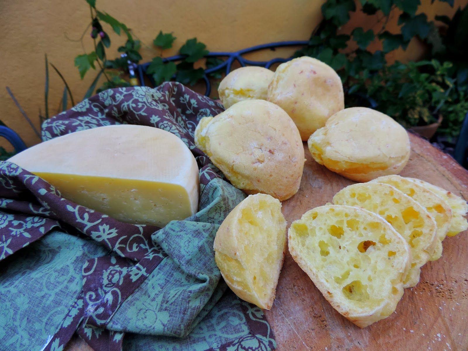 come-se: Canastra. O Pão de queijo da casa da Romilda
