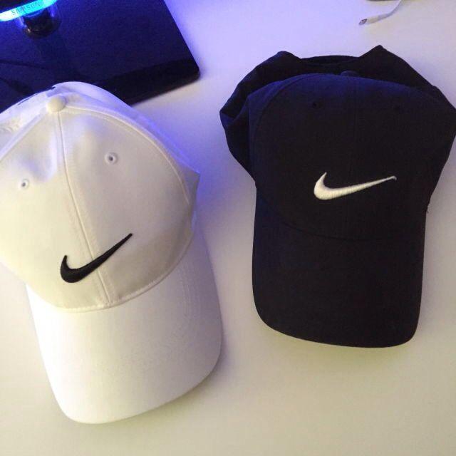 brillo de color hermosa y encantadora mas bajo precio Pinterest: sempersse | Nike free shoes, Nike outfits, Nike shoes ...