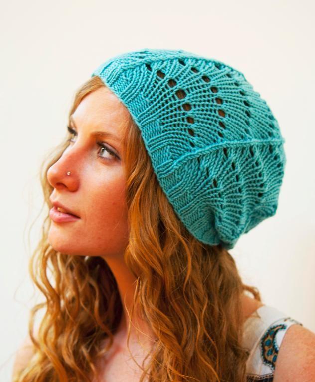 Free Knitting Pattern  Scallop Lace Hat 45a36b2abbb1