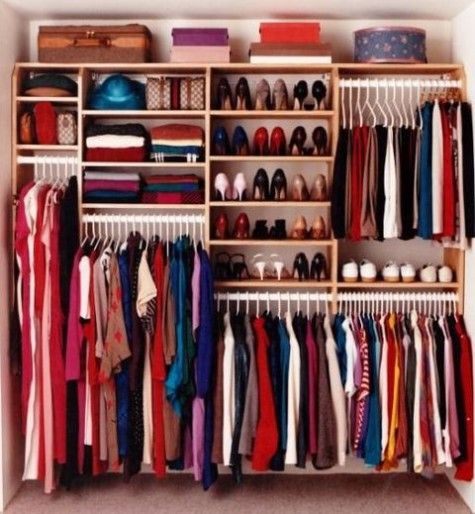 48 Ways to Organize Your Closet Smartly | ComfyDwelling.com #PinoftheDay #closet #smart #OrganizeCloset #SmartCloset