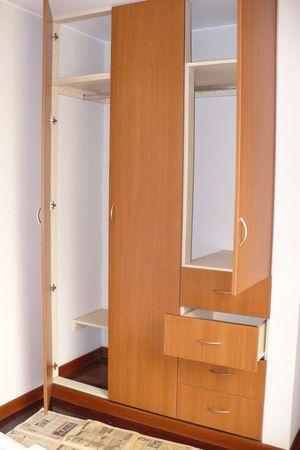 Closets cocinas closets armario pinterest armario closets de madera y centros de - Modelos de roperos empotrados ...