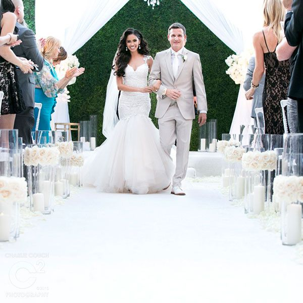 Rob Dyrdek And Bryiana Noelle Flores Are Expecting Their First Child See Their Adorable Baby Announ Celebrity Weddings Celebrity Wedding Photos Wedding Dresses