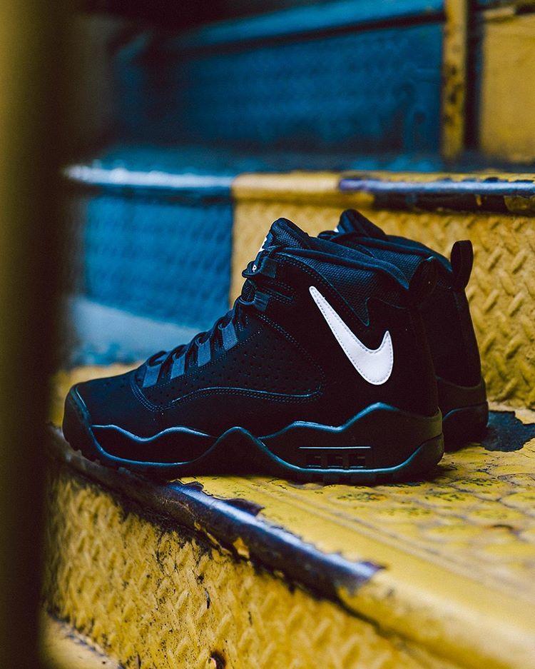 Nike Air Darwin.