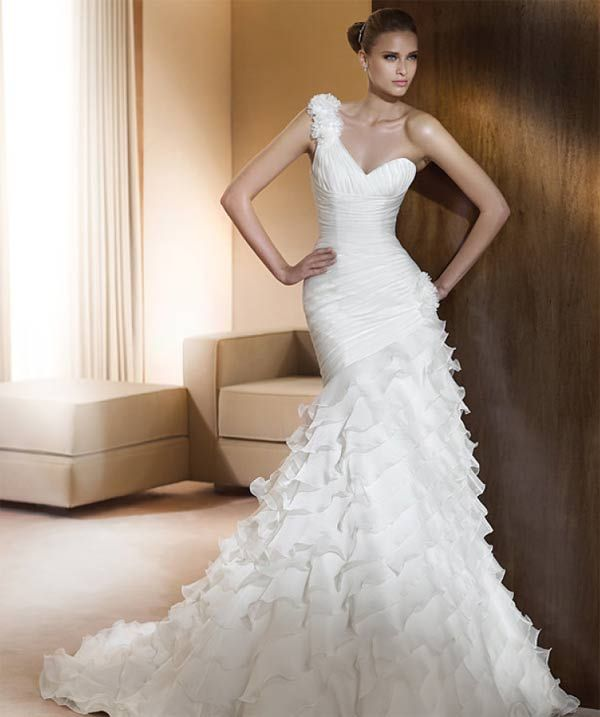 One Shoulder Ruffled Wedding Gown To Cover My Tattoo So It Won T Be A Distraction From The Yeah I D Need Lose Like 100 Pounds Pull This