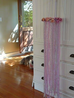Would love to make these for the girls rooms.