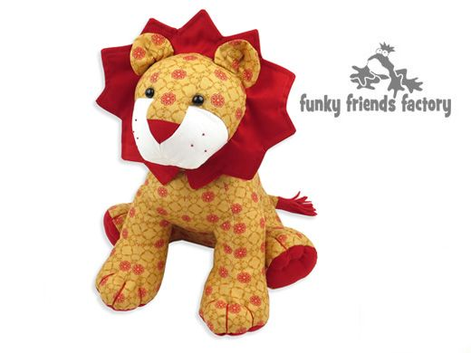 Lion soft toy sewing pattern | DIY toys | Pinterest