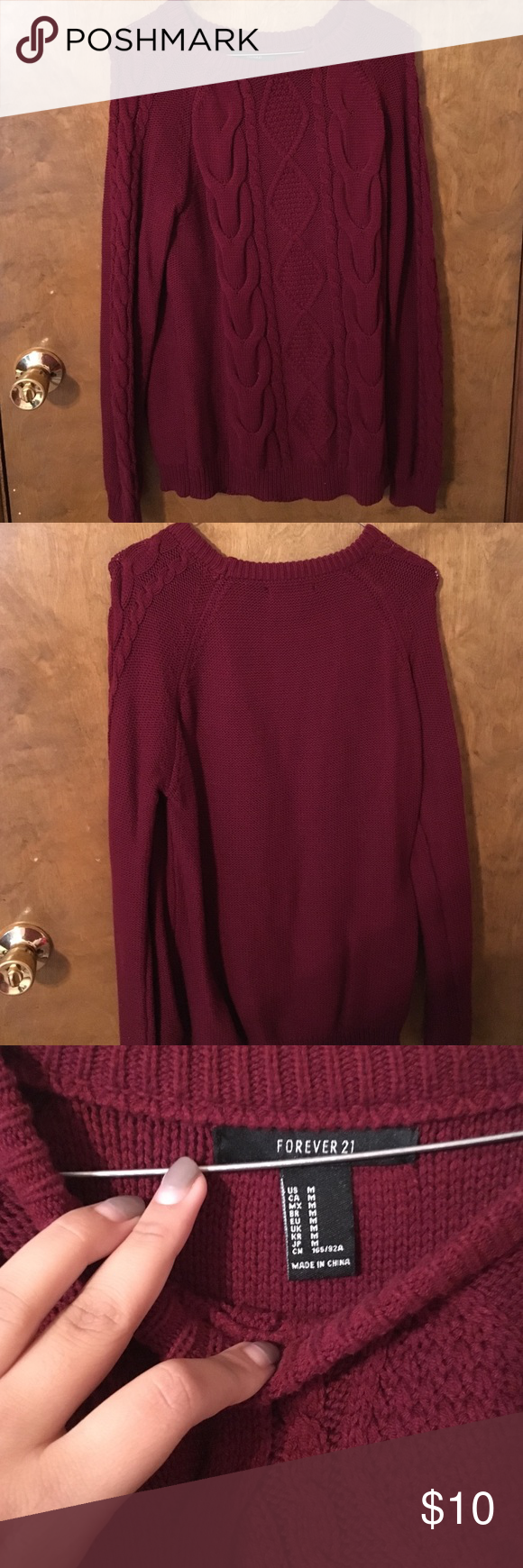 Burgundy sweater Forever 21 medium burgundy sweater (worn once) very warm Forever 21 Sweaters Crew & Scoop Necks