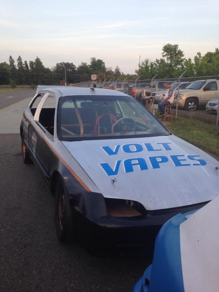 Volt Vapes Honda Civic Driven By Cyle Clayton At All American Speedway In Roseville CA