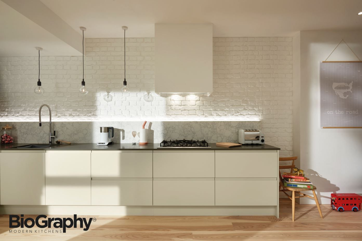 Remo Matt Porcelain doors mixed with Ash Grey Strata Quartz worktops ...