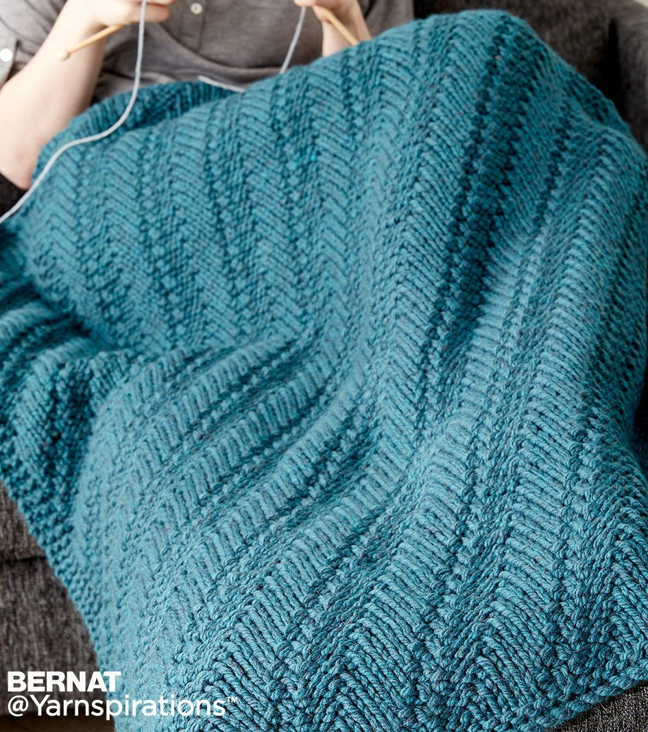 Free Knitting Pattern for Easy Reversible Lap Blanket - The diagonal ...