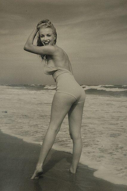 Marilyn Monroe By Andre De Dienes C 1950 Vintage Beach Pinup Retro Bathing Suit 1950s Swimsuit Ocean Vixen Classic Hollywood Icon Dive Sex
