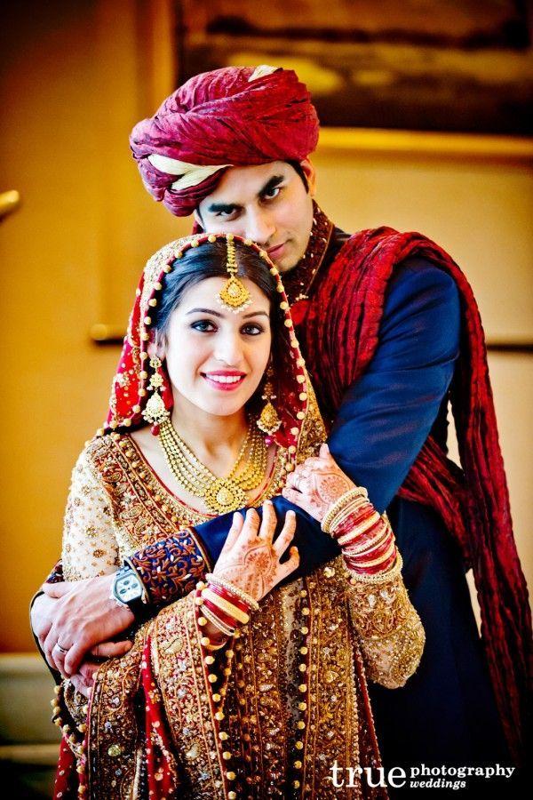 Pakistanifashion Bridalcouture Desibride Pakistaniwedding Photogr Indian Wedding Photography Couples Indian Wedding Photography Poses Wedding Couple Poses