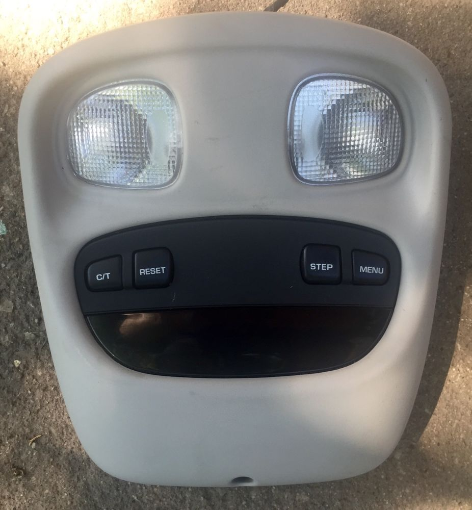 1999 2004 Jeep Grand Cherokee Overhead Console Front Dome Lights Message Center Oem