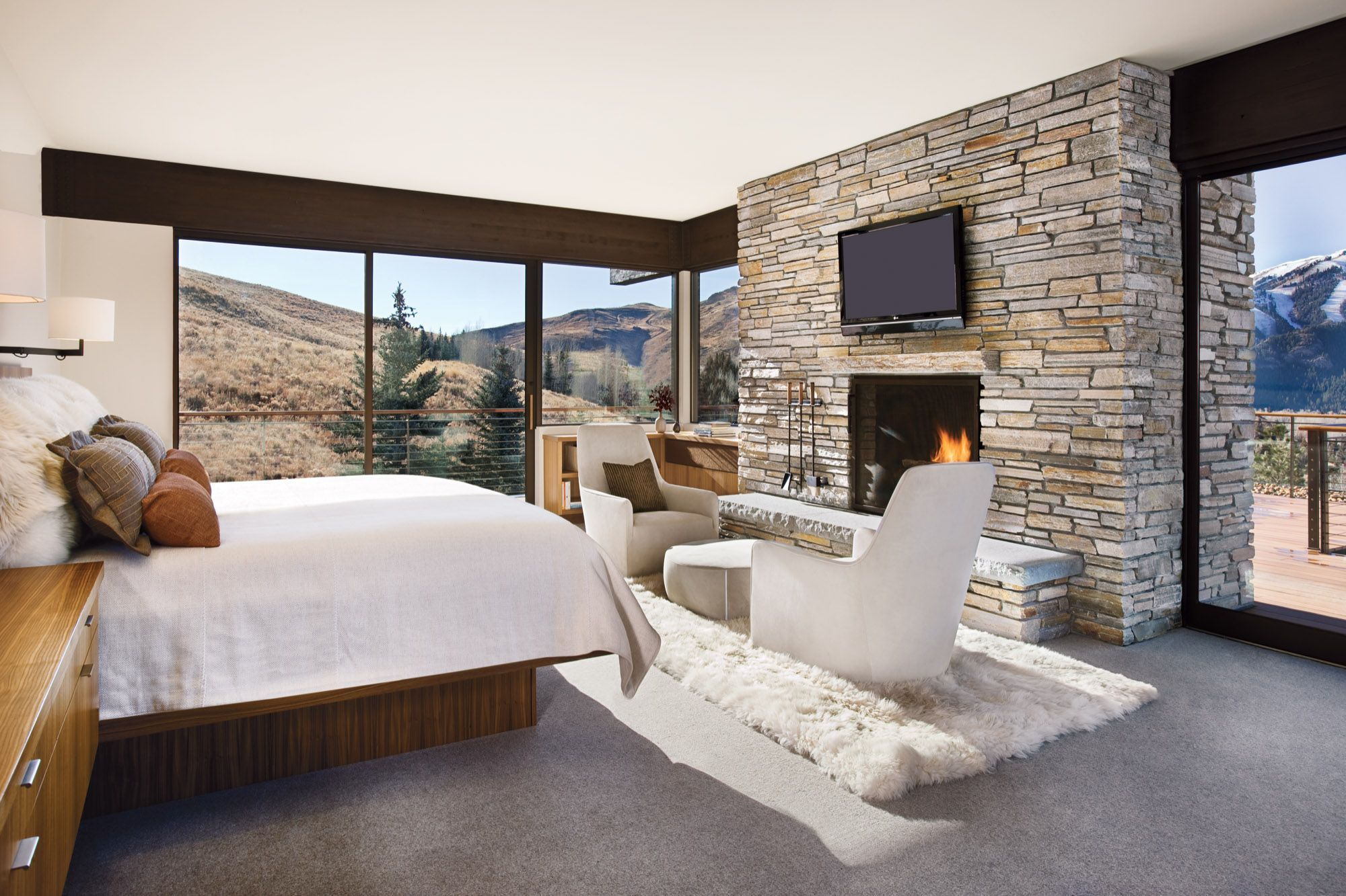 Imposing Prospector Residence Unveiling Surprisingly Warm Interiors In Idaho