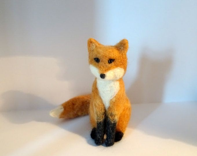 needle felted fox needle felting vixen filztier animal Nadelfilz gefilzt Fuchs Füchsin Filz felt