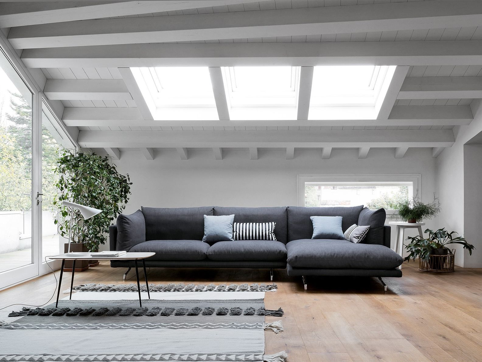 Fabric Sofa With Chaise Longue Swing By Dall Agnese Design Massimo Rosa Sofa Fabric Sofa Furniture Design