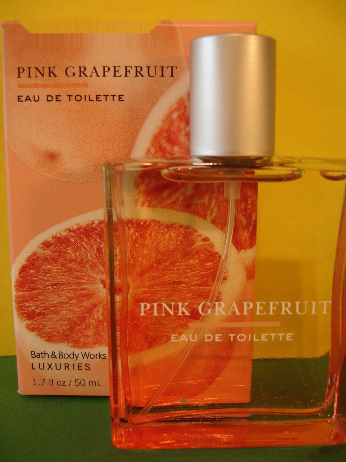 Bath and Body Works Pink Grapefruit Perfume EDT Full Size