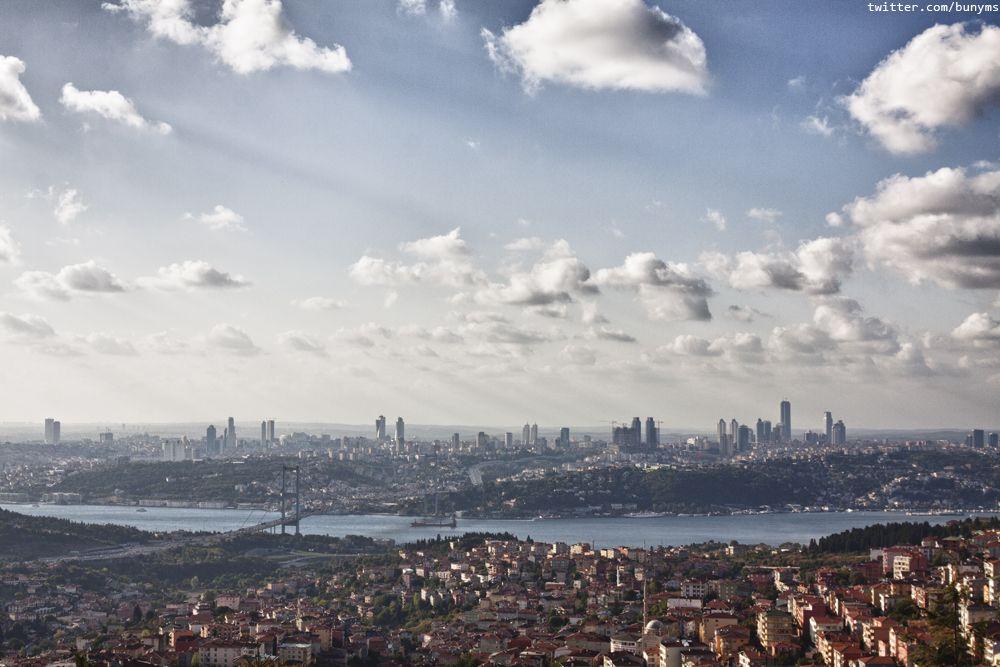 Istanbul. çamlıca tepesinden. a view of the european part from çamlıca
