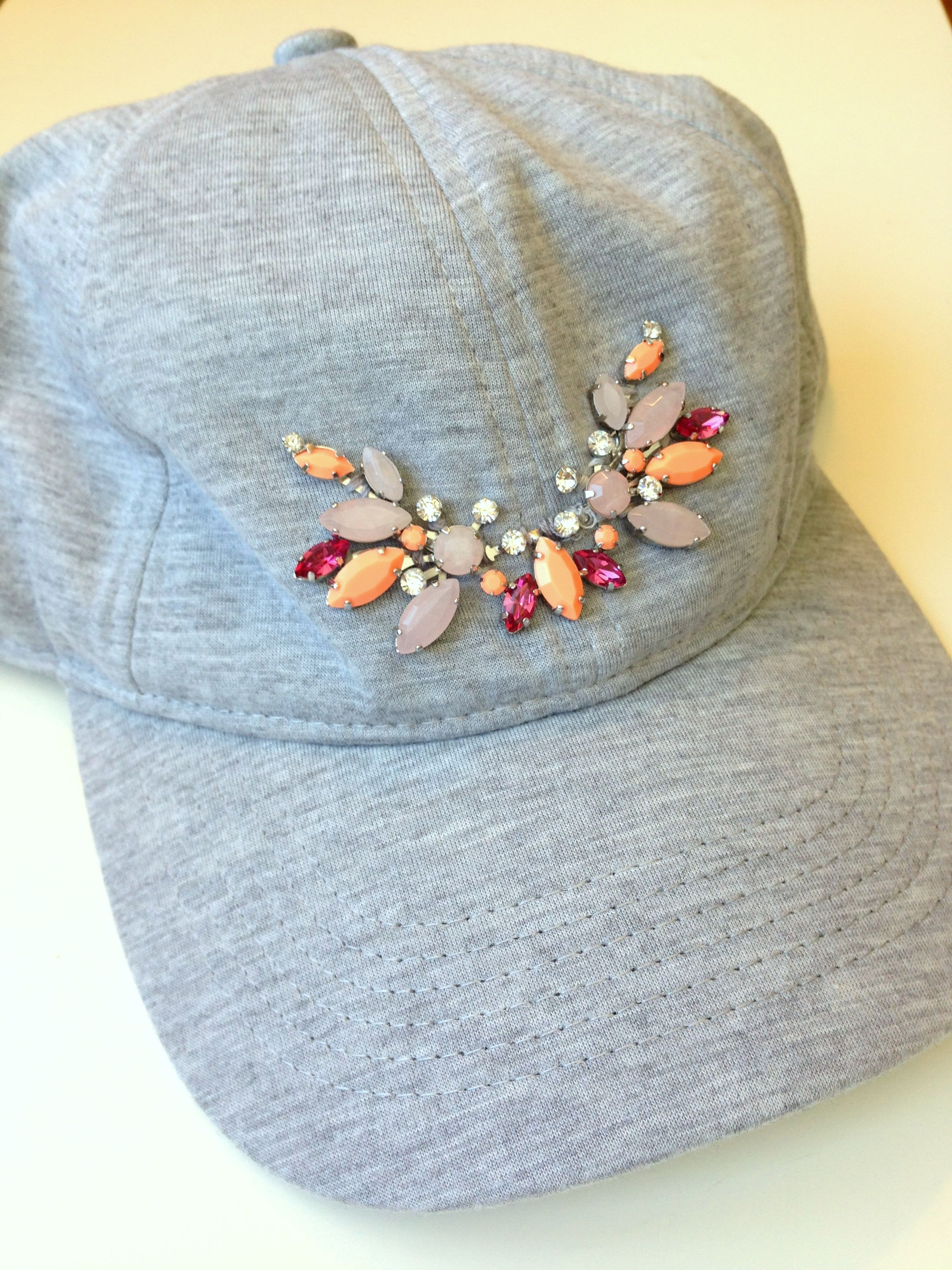 4070d4b63cd985 DIY Embellished baseball cap | Crafts and Birthday Party ideas | Hat ...