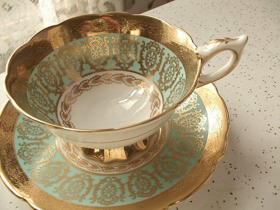 Šálek na čaj * bílý porcelán zdobený tyrkysovým zlatým vzorem se zlatým okrajem ♥