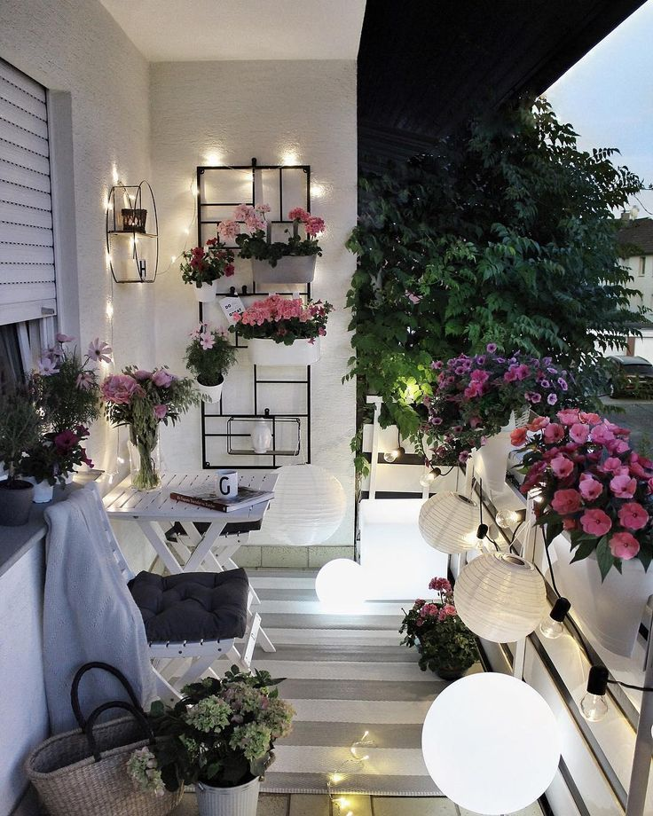 "Gözde on Instagram: ""Adv/Werbung NEW PHOTO�From my balcony � you know how much i love flowers��and also lighting � thank you @myfurniturecom for these…"""