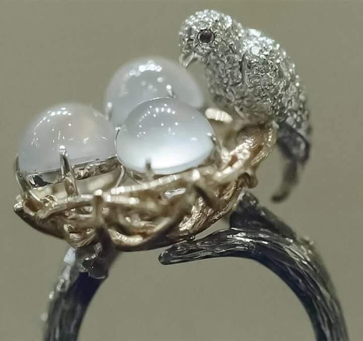 Zhaoyi Cuiwu Colorless Cabochon Jadeite and Diamond Ring